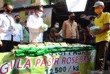 Mendag ingatkan masyarakat untuk berani laporkan jika harga gula pasir sangat tinggi