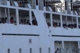 Jalani isolasi di kapal, tujuh ABK KM Kirana III positif COVID-19