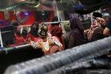 Seolah tak peduli COVID-19, pertokoan Kota Mataram diserbu  pengunjung dari pelosok Lombok