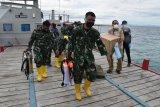 Dua KRI angkut tenaga medis untuk rapid test warga pulau