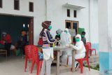 Puluhan warga Kota Sorong tolak tes cepat COVID-19