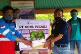 PT SEML beri bantuan paket sembako dan masker produk lokal