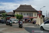Pedagang pasar tradisional di Solo jalani tes cepat