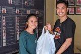 UKM PAL Fakultas Kehutanan Unhas salurkan bantuan pokok untuk warga