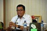 Pemprov Sulbar salurkan beras ke warga transmigran terdampak COVID-19