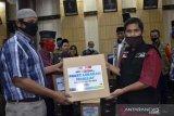 ACT bagikan paket lebaran bagi mualaf di Padang dan Padang Panjang