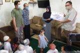 Jamkrindo bantu masyarakat Palembang sejumlah kebutuhan pokok