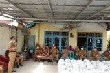 Pemrov Lampung serahkan bantuan sembako kepada Pemerintah Kabupaten Pesisir Barat