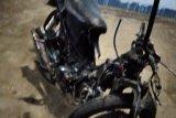 Tabrakan berlawanan arah,  dua pengendara sepeda motor tewas