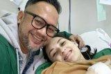 Pasangan Mona Ratuliu-Indra Brasco dikarunia anak perempuan