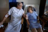 Inggris akan uji coba lima obat baru COVID-19