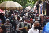 Delapan pasar tradisional di DKI Jakarta jadi sumber penularan COVID-19