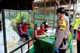 Tim gugus tugas 'rapid test' warga di kawasan pasar besar
