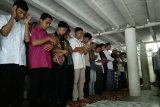 Meski pemerintah tetapkan 1 Syawal Ahad, warga Pasaman Barat sudah ada yang laksanakan shalat Idul Fitri