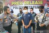 Polisi tangkap tersangka pembunuh setelah buron setahun