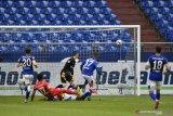 Augsburg menang tiga gol di markas Schalke