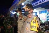 Polda Sumbar pertebal personel di Sijunjung setelah ratusan mobil terobos pos pemeriksaan
