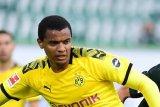 Manuel Akanji bangga kerja keras Dortmund buahkan tiga poin