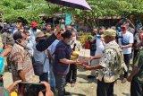 Pemkab Jayapura serahkan sejumlah bantuan kepada masyarakat Demta
