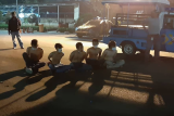 Enam remaja ditangkap saat pesta miras pada malam takbiran