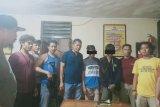 Ancam dan hina institusi Polri lewat medsos sambil pegang senpi, pelajar di Dompu diringkus