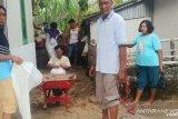 Gelombang laut rusak rumah warga Pantai Air Manis
