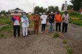 Nagari Katiagan Pasaman Barat tutup jalan akses menuju objek wisata (Video)