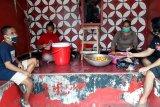 Warga Wirogunan Yogyakarta buka dapur umum untuk bantu mahasiswa indekos