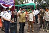 Gubernur Herman Deru perintahkan pasar tradisional segera terapkan pengaturan jarak
