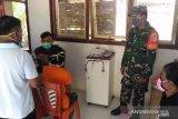 Babinsa di pulau perbatasan Sangihe mendampingi pelayanan posyandu