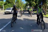 Polda NTB sosialisasikan pencegahan COVID-19 lewat patroli bersepeda