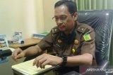 Kejari Padang tunda pendampingan hukum proses pengembalian dana KMK yang macet