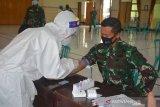 Seratusan anggota Kodim Surakarta ikuti rapid test antisipasi COVID