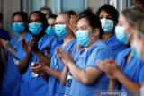 Dokter muda Indonesia di London berperang melawan COVID-19  di garis depan