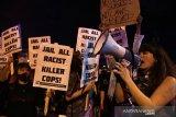 Protes warga AS ricuh, jam malam diberlakukan dan jalan tol ditutup