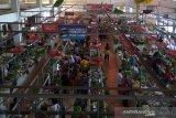 Harga kebutuhan masyarakat di Purwokerto bertahan tinggi