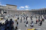 Paus Fransiskus imbau rakyat Italia tak lengah usai lalui puncak wabah corona