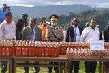 Polres Mamberamo Raya musnahkan ratusan minuman beralkohol ilegal