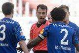 Duka pemain Amerika di Bundesliga untuk George Floyd