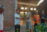 Warga Demak, Kudus, dan Jepara peroleh ratusan bibit pohon