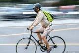 Cek fakta: Benarkah pesepeda meninggal akibat berolahraga dengan masker?