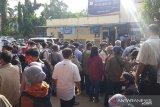 Pemohon SIM di Jakarta Timur membludak sehingga antre sejak pukul 05.00 WIB