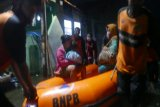 Rumah tergenang rob, ratusan warga Kota Pekalongan mengungsi