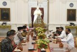 Presiden Jokowi kumpulkan tokoh agama setelah pembatalan keberangkatan haji