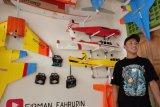Pemuda asal Lampung Timur buat pesawat mainan remote control baterai listrik
