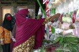 Ada sembako gratis bagi warga terdampak COVID-19 di Desa Gambasan Temanggung