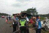 Seorang tewas setelah truk tabrak truk di Tol Bawen-Salatiga