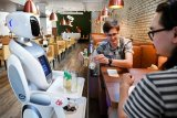 Restoran di Belanda jadikan robot pramusaji untuk mengantarkan minuman kepada pegunjung