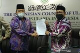 MUI DKI perbolehkan masjid gelar Jumatan kecuali 62 RW