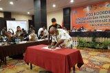 Warga di zona merah Papua diberikan kelonggaran beraktivitas hingga pukul 18.00 WIT